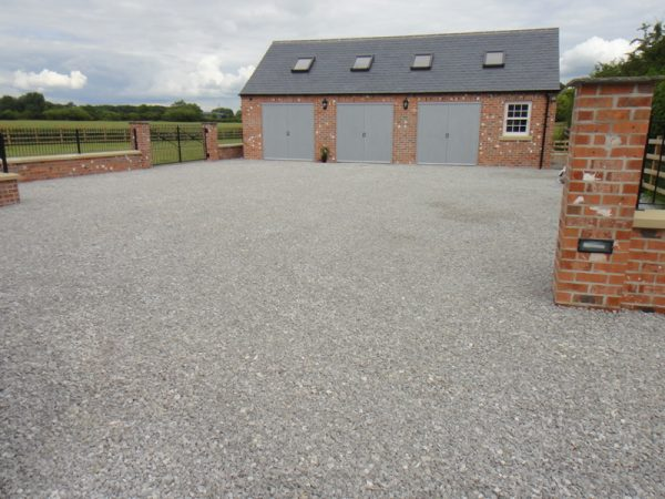 Garages, Outbuildings & Driveways